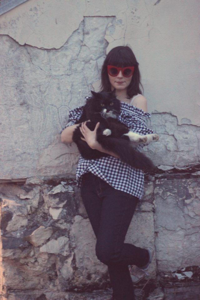 Chic Wish, Old Navy, AMI Club Wear, Gingham off the shoulder blouse, vintage fashion, fashion blogger, spring fashion, tuxedo cat